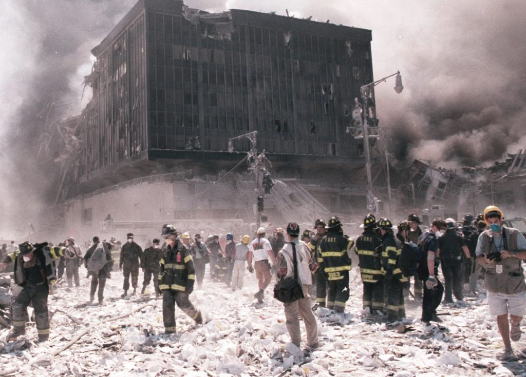 O parte de mii de salvatori care au pornit spre World Trade Center